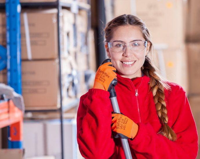 Odzież robocza – funkcjonalne wyposażenie pracownika
