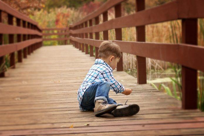 Jak dobrać buty dla chłopca?